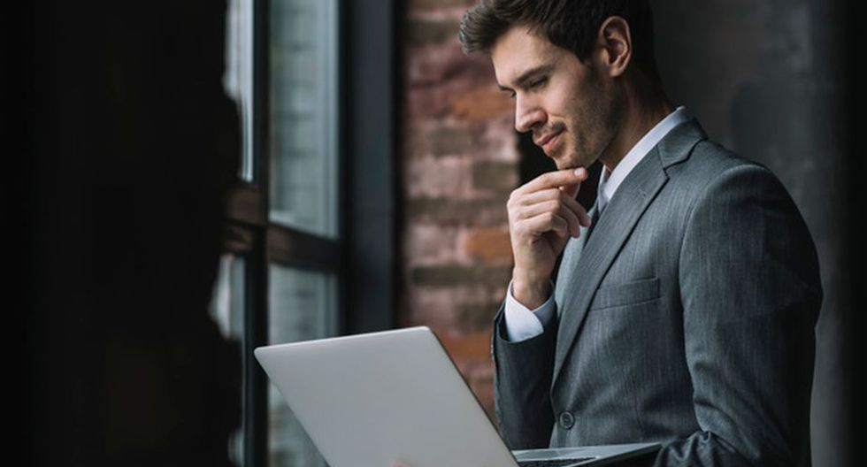 El manejo de las nuevas tecnologías es lo que define los perfiles laborales más demandados. (Foto: Freepik)