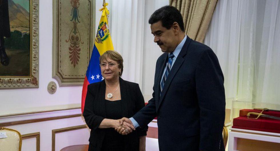 La alta comisionada de Naciones Unidas para los derechos humanos, Michelle Bachelet, se reúne con el presidente Nicolás Maduro en la sede del Palacio de Miraflores, en Caracas. (Foto: EFE)