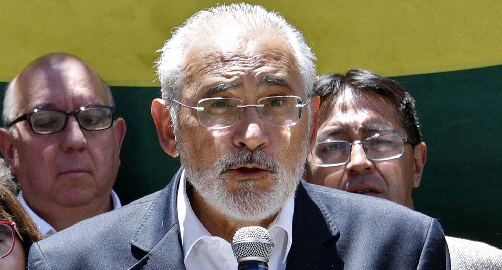 """Mesa, que fue presidente boliviano entre 2003 y 2005, confió en que las elecciones se celebren """"probablemente en el mes de marzo o abril del año que viene"""". (Foto: AFP)"""