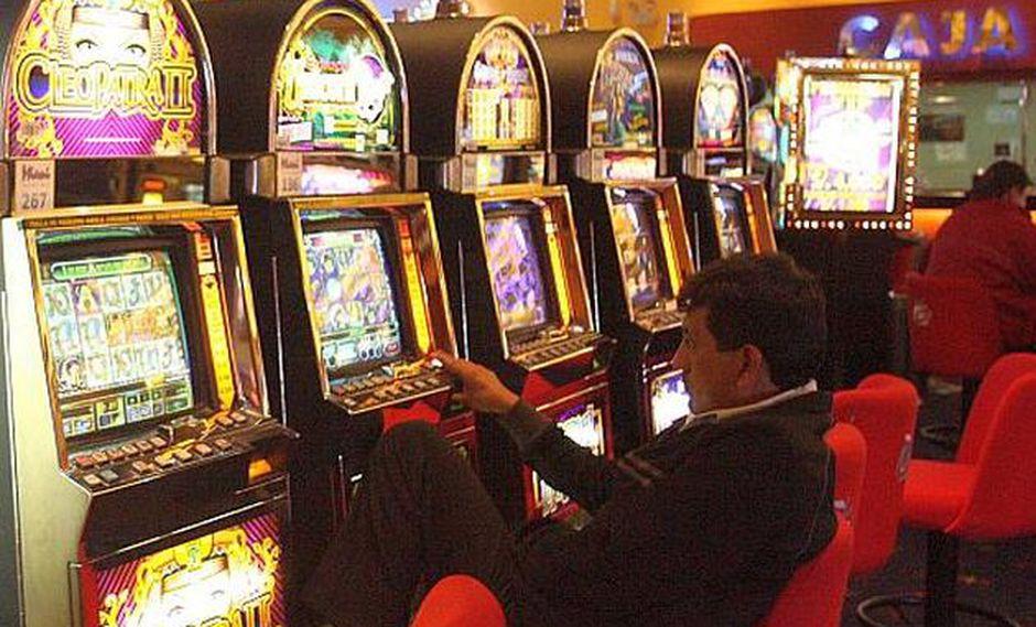 La Comisión de Constitución del Congreso aprobó la derogatoria del decreto que dispone que los casinos paguen ISC. (Foto: USI)