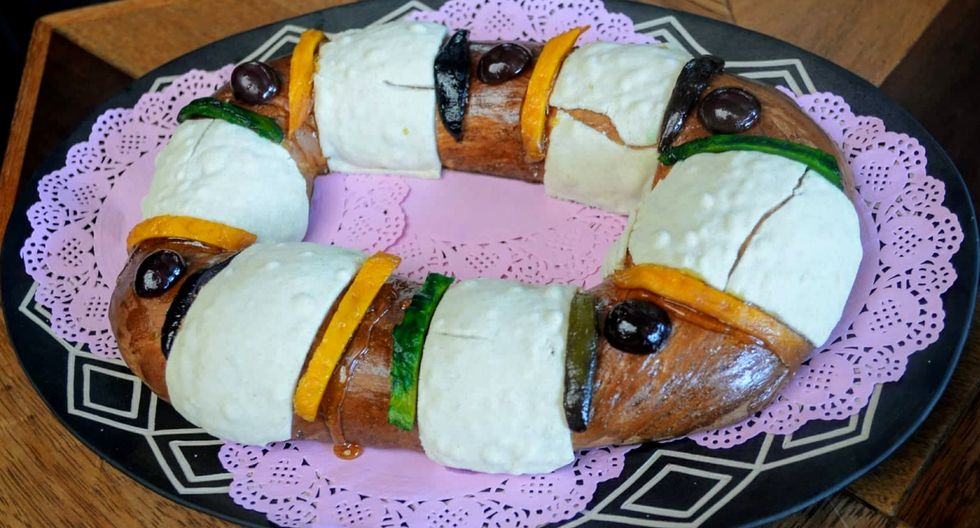 Rosca de reyes, es un pan dulce decorado con frutos secos caramelizados (Foto: Samantha Aguilar)