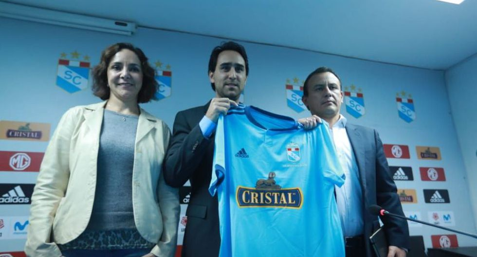 Las postales de la presentación de los nuevos dueños de Sporting Cristal en La Florida. (Foto: Lino Chipana / GEC)
