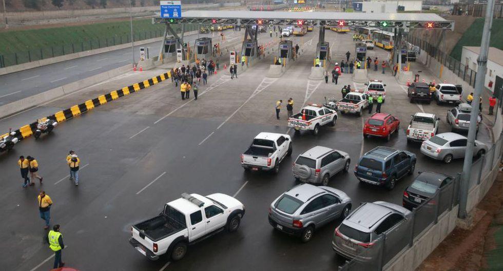 El alza en el precio afecta los derechos de las personas, según la Defensoría. (Foto: Andina)