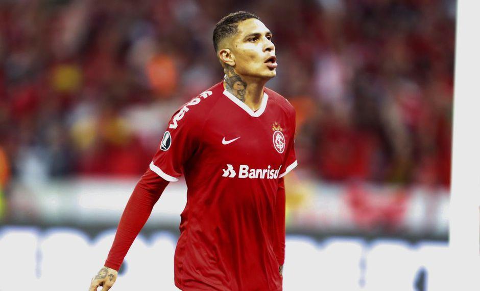 Gabriel Barbosa de Flamengo alabó a Paolo Guerrero. (Foto: EFE)