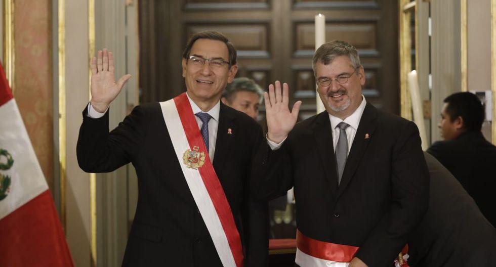 Martín Vizcarra tomó el juramento del nuevo ministro Luis Jaime Castillo, en reemplazo de Ulla Holmquist. (Foto: Anthony Niño de Guzmán / GEC)
