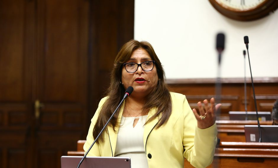 Betty Ananculi: Informe recomienda declarar improcedente levantamiento de su inmunidad