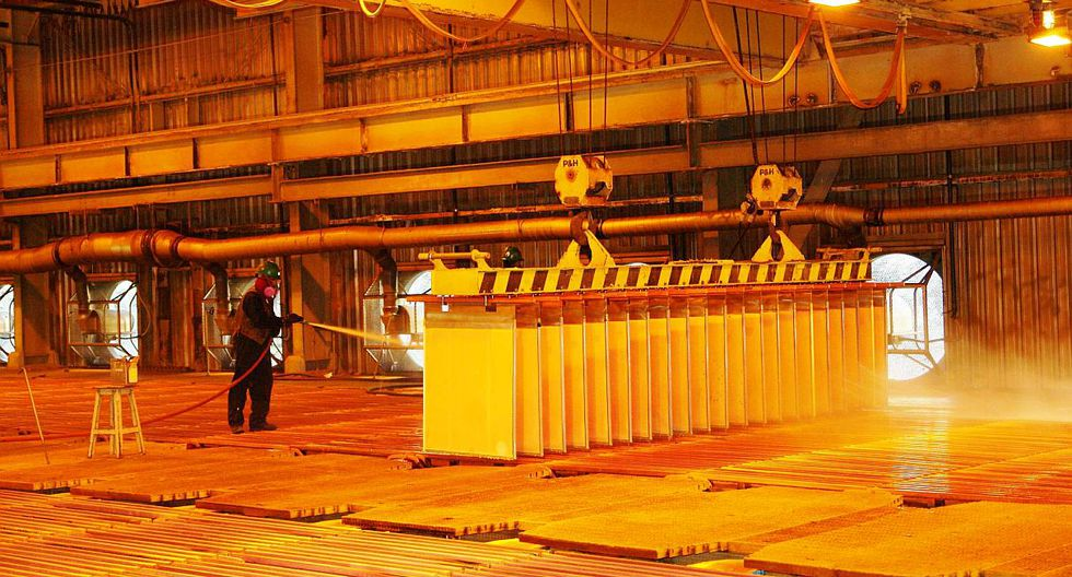 4. Caída del cobre. Como consecuencia de las tensiones comerciales entre EE.UU. y China, el precio del cobre revirtió su tendencia alcista. A diciembre de 2018, el metal rojo acumulaba una caída de 15%. (Foto: GEC)