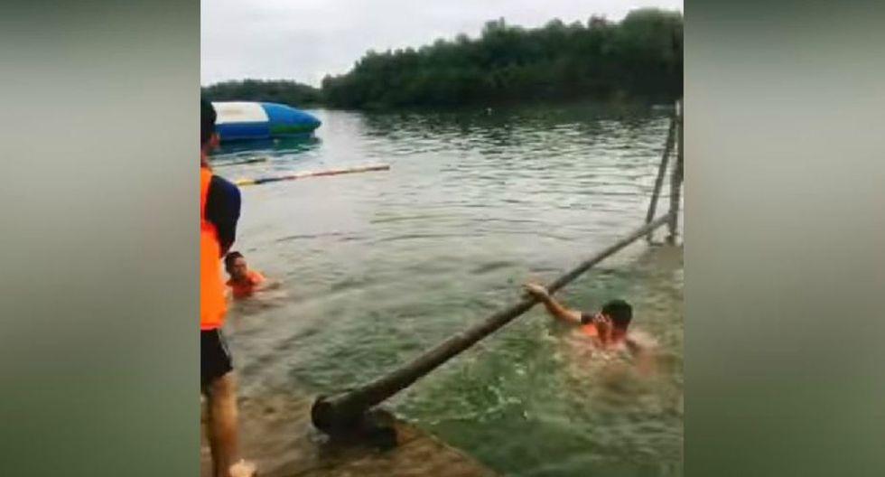 Sus amigos solo atinaron a reírse luego de presenciar aquel momento. (YouTube: ViralHog)