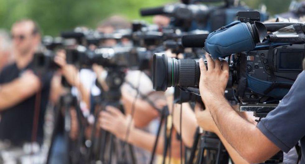Hay una tendencia hacia la censura, control de información y ataques a la prensa que dificulta su labor. Foto: Shutterstock