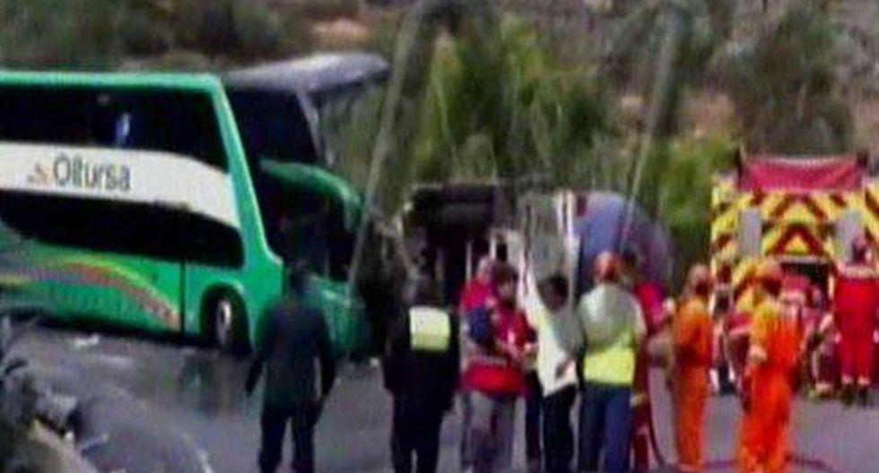 Una mujer y el conductor del bus de la empresa Oltursa fallecieron en el accidente. (Foto: Canal N)