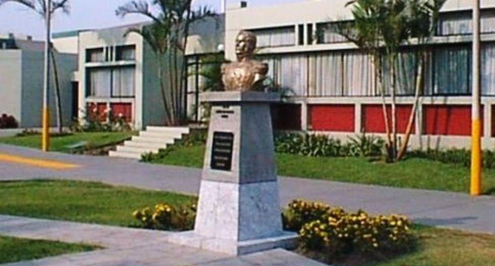 El MGP aclaró que la contratación de Draxl para dirigir dicho liceo, fue el resultado de un proceso de selección. (Foto: Andina)