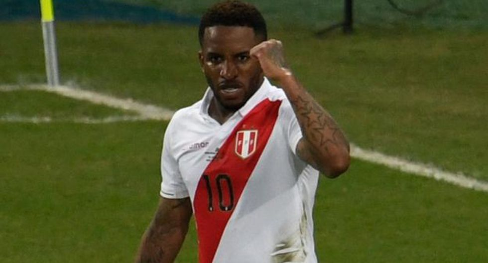 Jefferson Farfán solo jugó tres partidos en la Copa América 2019. (Foto: AFP)