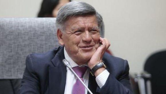 """El ex alcalde Trujillo refirió que al """"fundar la universidad celebra la fundación de la universidad"""". (Foto: USI)"""