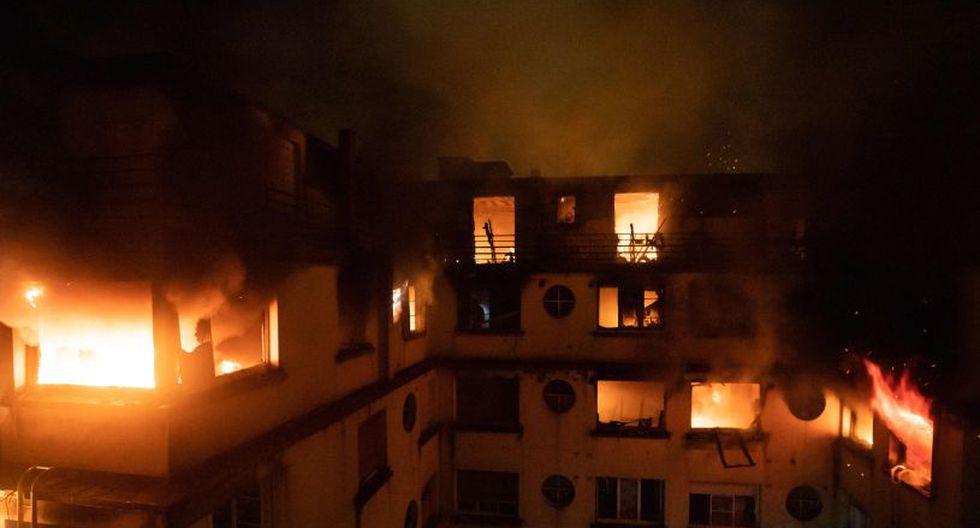 Diez muertos en un incendio en un edificio de la capital de Francia. (Foto: AFP)