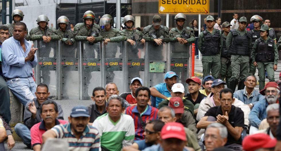 """""""Espero que la visita de la señora Bachelet sea una oportunidad para los presos políticos. Mi hijo luchó por un cambio en el país"""", declaró Laudelina Romero, madre de un procesado por un asalto a un cuartel. (Foto: EFE)"""