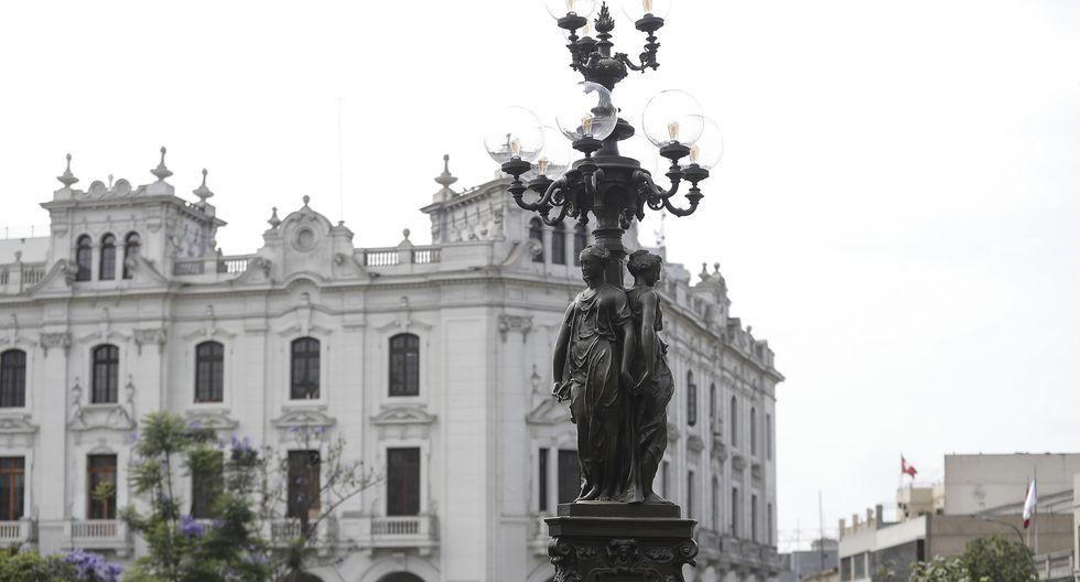 """La intervención a la farola de """"Las Tres Gracias"""" formó parte de las acciones ejecutadas por la comuna metropolitana, a través del Prolima.(Foto: Difusión)"""