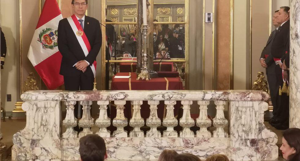 El presidente Martín Vizcarra presidió la ceremonia de juramentación acompañado por el gabinete de Salvador del Solar. (Foto: Anthony Niño de Guzmán / GEC)