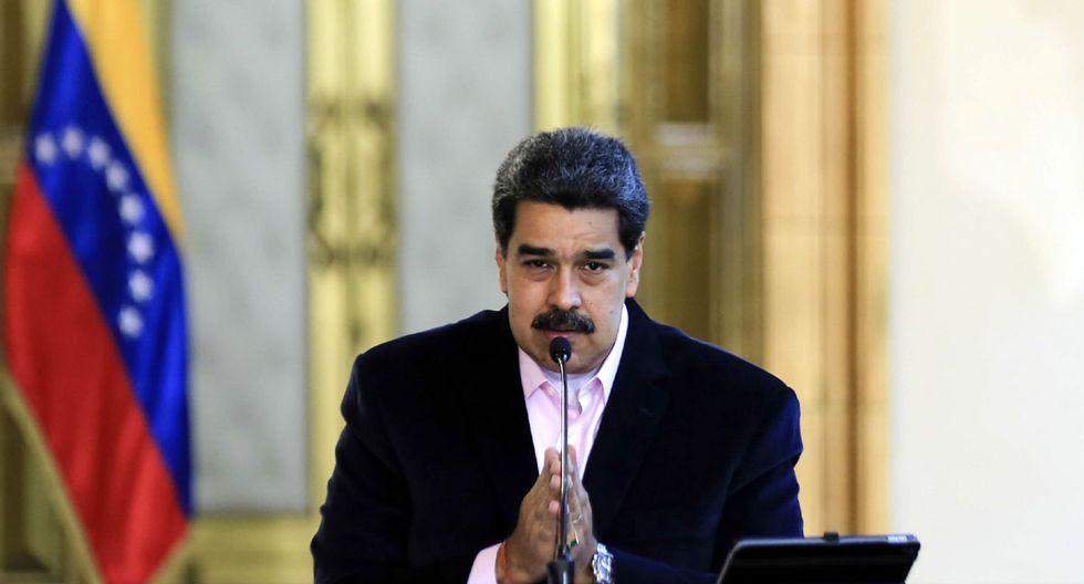 """El presidente venezolano Nicolás Maduro hablando en el Palacio Presidencial de Miraflores en Caracas, después de que el Departamento de Justicia de los Estados Unidos lo acusó de """"narcotráfico"""". (Foto: AFP)"""