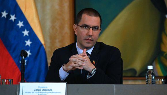 """""""Estamos esperando que Estados Unidos acepte a Turquía como país protector de Venezuela"""", apuntó el canciller Jorge Arreaza. (Foto: AFP)"""