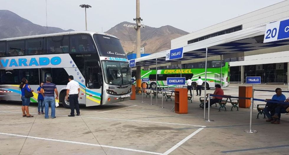 RedBus ofrece pasajes terrestres a un sol. Foto: Andina