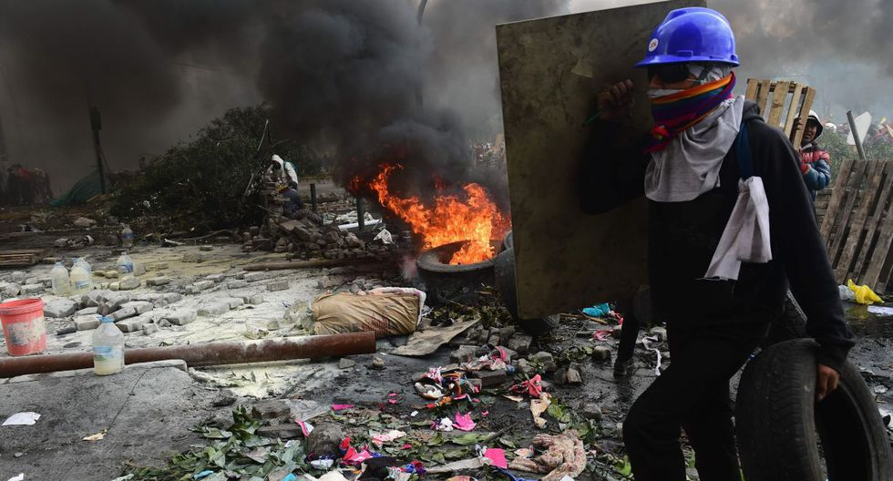 A ese parque se trasladaron los enfrentamientos que el viernes habían tenido como escenario la Asamblea Nacional (Parlamento). (Foto: AFP)