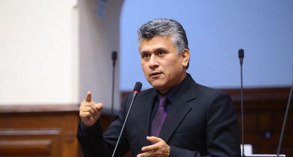 El legislador de Fuerza Popular, César Campos, reafirmó ser inocente y no haber pedido dinero a sus trabajadores. (Congreso)
