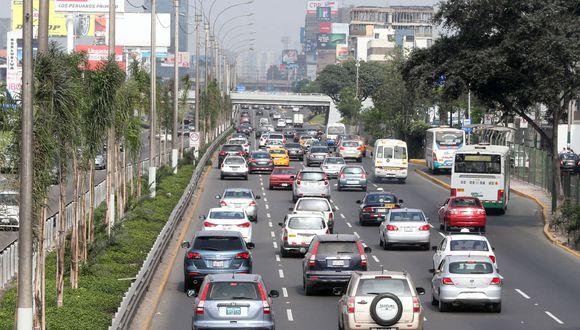 De ser aprobado se aplicaría como piloto durante Lima 2019 en los cinco corredores viales.(Foto: Andina)
