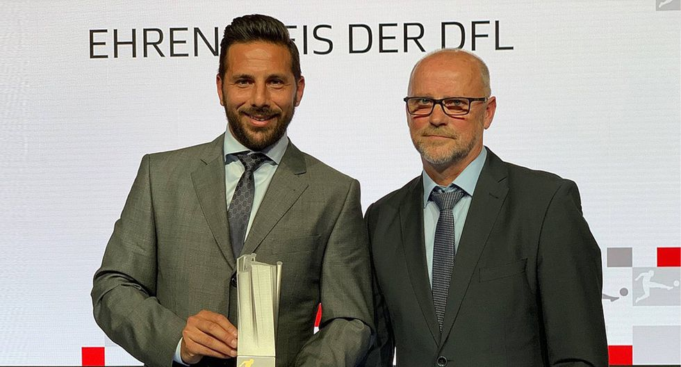 Claudio Pizarro, a sus 40 años, sigue haciendo historia en Alemania. (Foto: Werder.de)