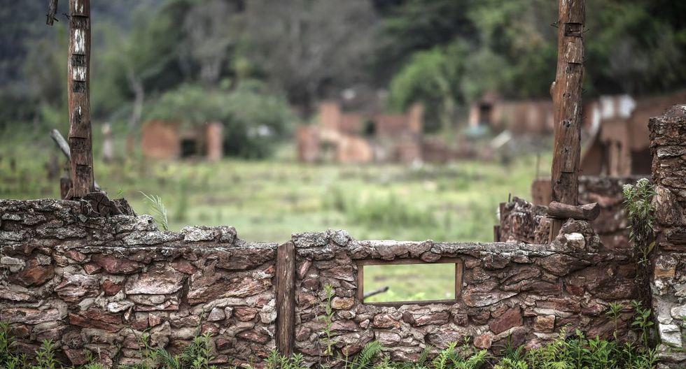 """""""Fue el peor día de mi vida, corrí para no morir, para no quedarme en el lodo"""", cuenta Zezinho do Bento, un comerciante jubilado de Bento Rodrigues. (Foto: AFP)"""