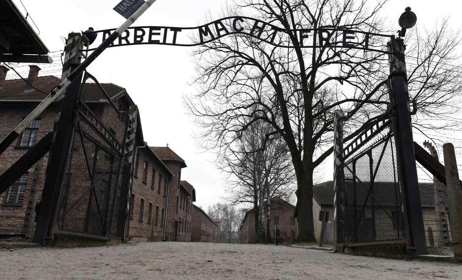 Polonia investigará marcha de extrema derecha en Auschwitz en día de Holocausto