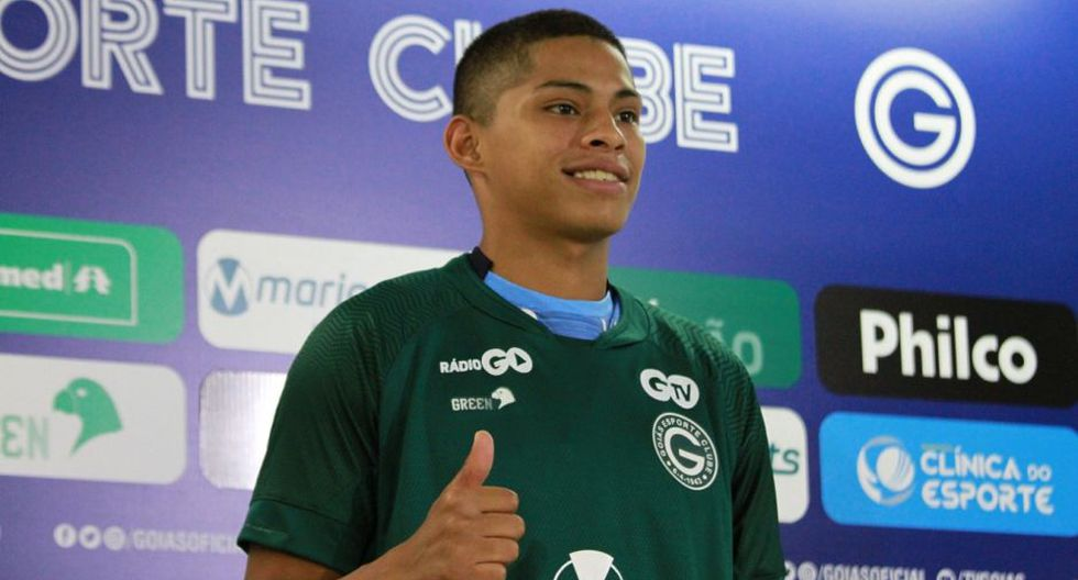 Kevin Quevedo dejó Alianza Lima y llegó como jugador libre a Goiás. (Foto: Goiás)