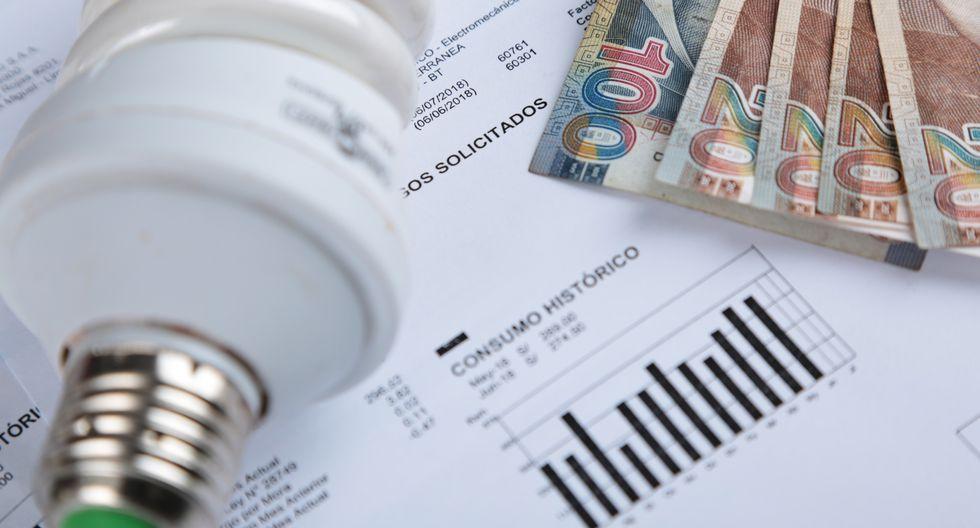 Según Osinergmin, la variación del tipo de cambio influyó en el ajuste de las tarifas eléctricas. (Foto: GEC)