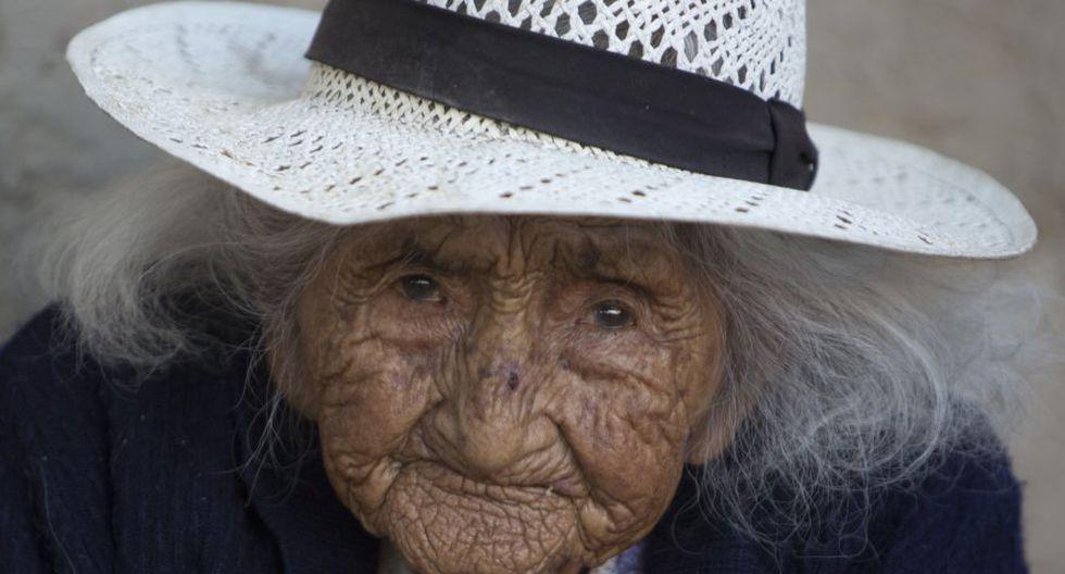 La que tal vez sea la persona de mayor edad aún viva nació el 26 de octubre de 1900 en un campamento minero en las montañas de Bolivia: Julia Flores Colque. (Foto: AP)