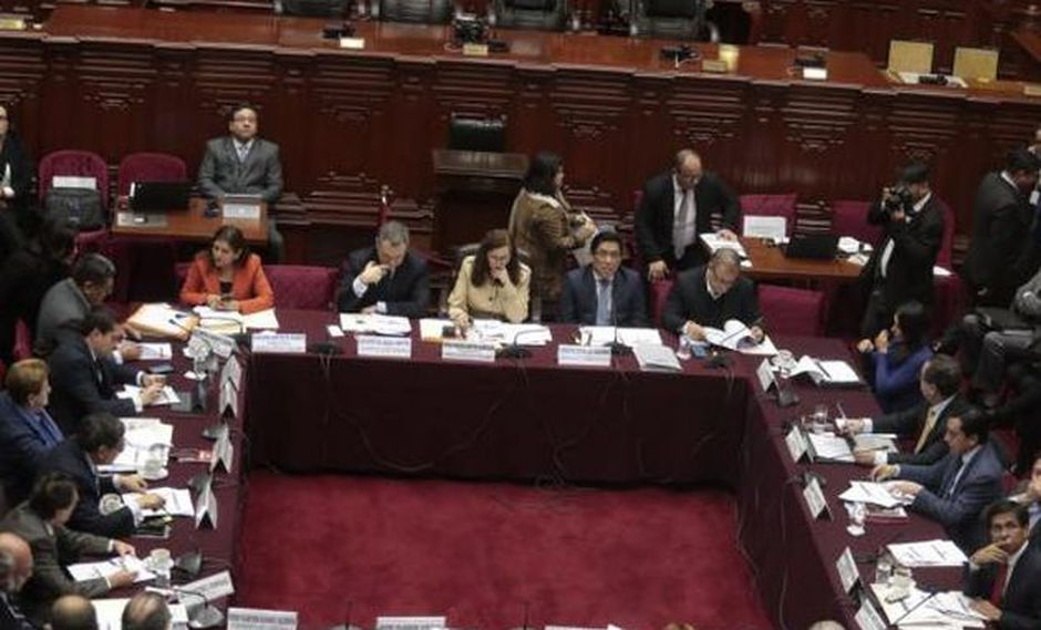 La Comisión de Constitución sesionará hoy sobre las elecciones internas en los partidos políticos. (Foto: GEC)