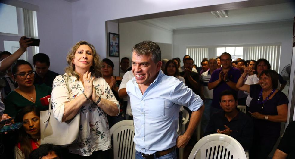 Solís, quien ocupó el número 5 de la lista por esta agrupación, consiguió 44.129 votos según datos de la ONPE al 92.66%. (GEC).