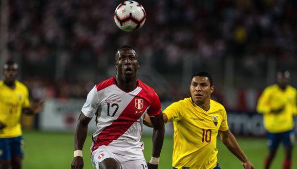 Peredo viajó a Rosario para entrevistarlo y un mes después regresó a la Videna. (Foto: AFP)