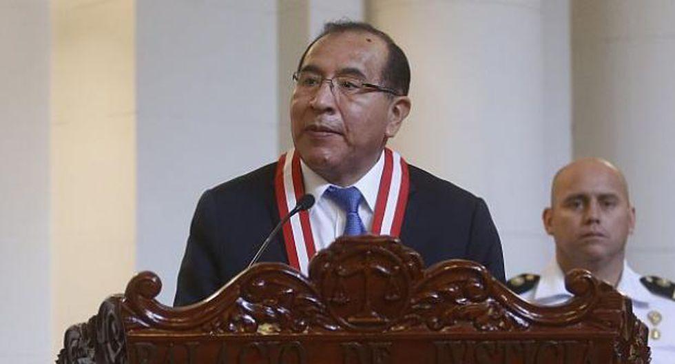 Presidente del JNE, Víctor Ticona, entregó el proyecto del máximo organismo electoral al Congreso el pasado 25 de abril. (Foto: GEC)