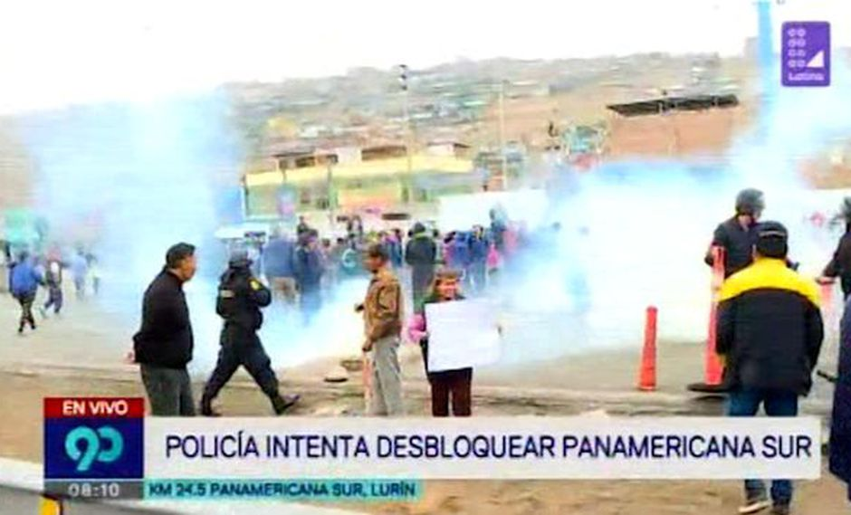 Panamericana Sur: vecinos bloquearon vía para exigir reconstrucción de puente peatonal San Luis