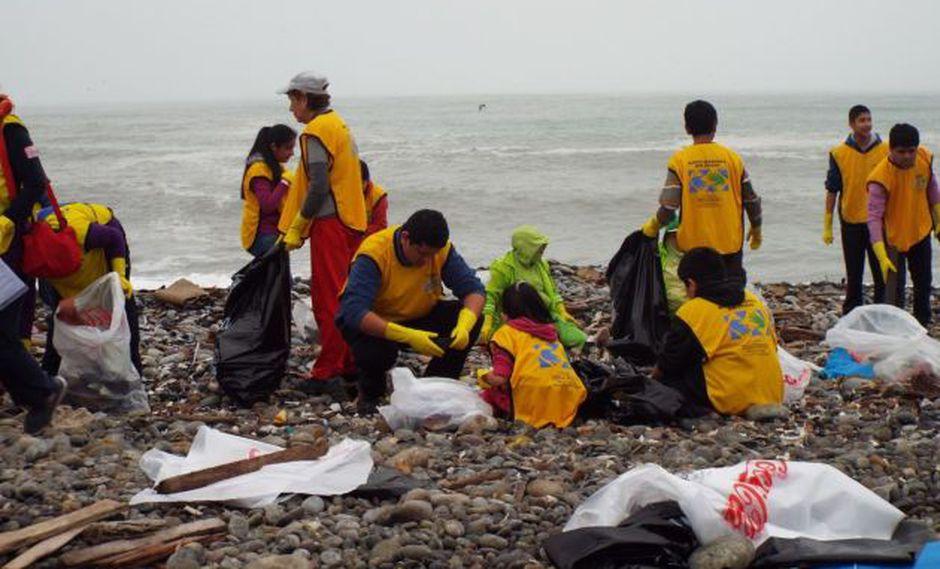Ocho mil voluntarios acudirán a limpiar playas este sábado