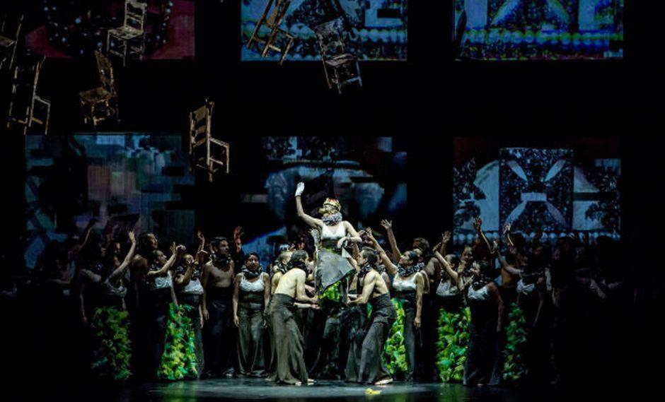 Música clásica con Carmina Burana en el Gran Teatro Nacional.