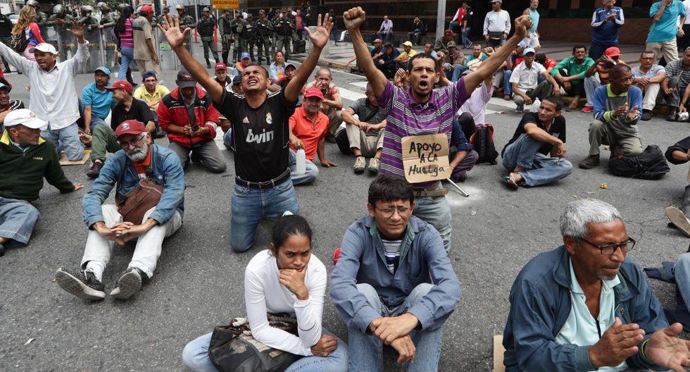 Empleados de los sectores de la salud y la educación, familiares de opositores presos y ex trabajadores petroleros se concentraron en distintos puntos de Caracas. (Foto: EFE)
