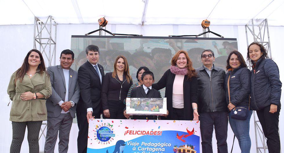 Escolar peruano destacó en concurso realizado con estudiantes de varios países.