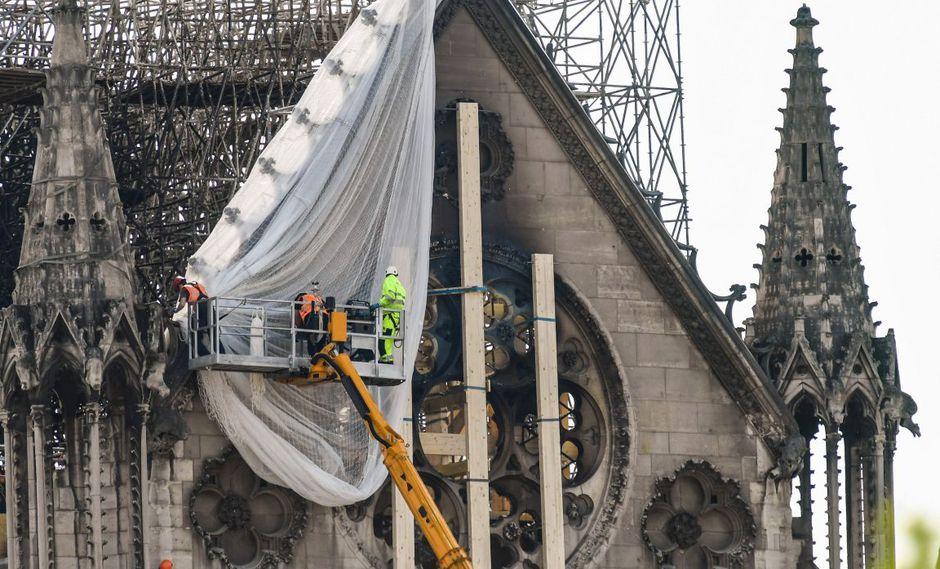 El ministro de Cultura de Francia, Franck Riester, había alertado también esta semana sobre la multiplicación de páginas web que piden donaciones para financiar la reconstrucción. (Foto: AFP)
