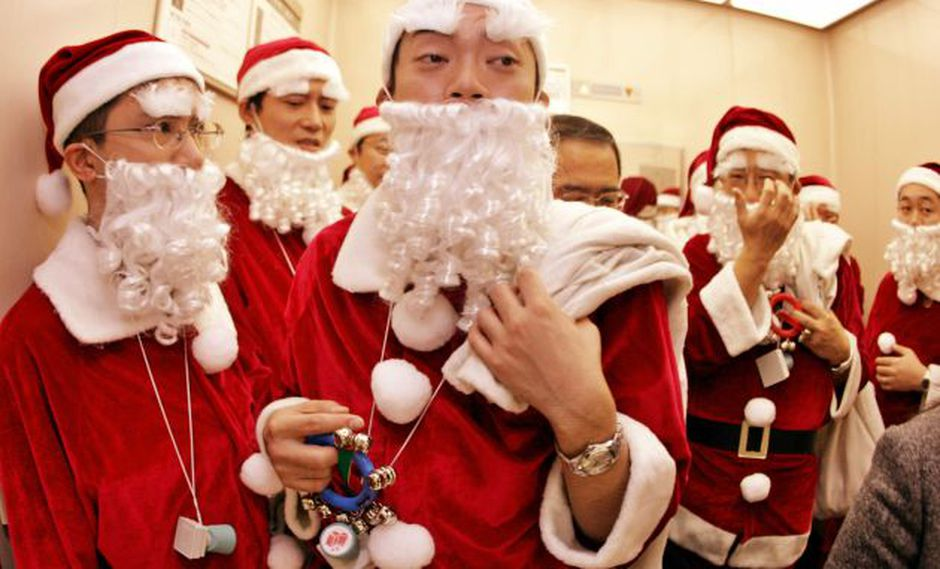 Papa Noeles japoneses (Foto: AFP)