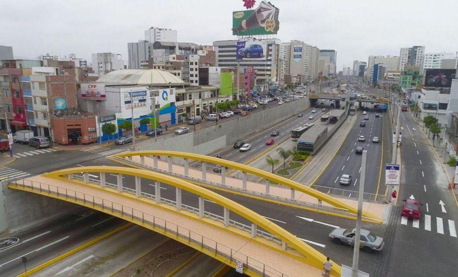 La Contraloría identificó diversas situaciones adversas en el puente Leoncio Prado. (Foto: Municipalidad de Lima)