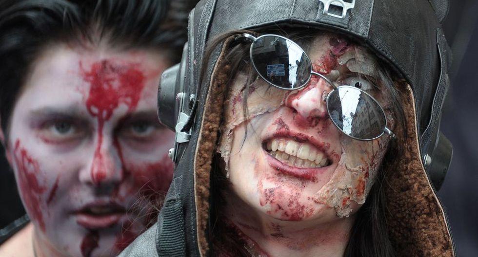 Seguidores de los muertos vivientes hicieron una larga caminata por las calles de Strasbourg (Foto: AFP)