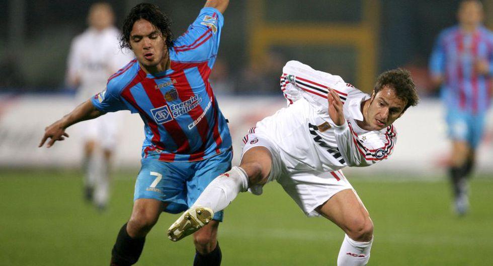 El 'Loco' estuvo un año y medio en el equipo argentino y luego emigró al fútbol italiano. El primer equipo que decidió contratarlo fue el Calcio Catania. (AFP)
