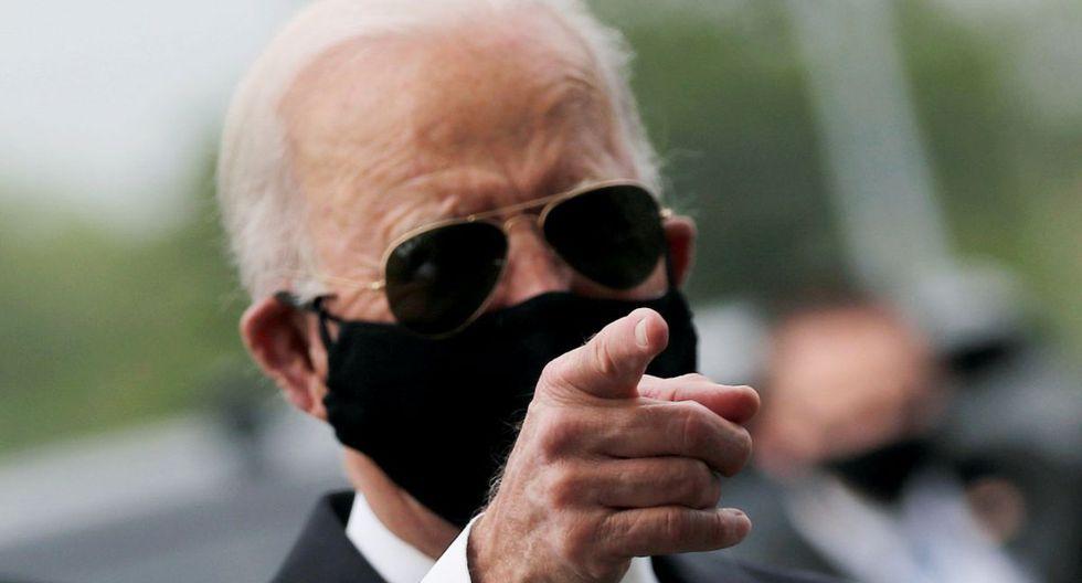 El candidato presidencial demócrata a los EE. UU. Y ex vicepresidente Joe Biden es visto en War Memorial Plaza durante el Memorial Day, en medio del brote de la enfermedad por coronavirus (COVID-19), en New Castle, Delaware, EE. UU., 25 de mayo de 2020. (REUTERS / Carlos Barria).