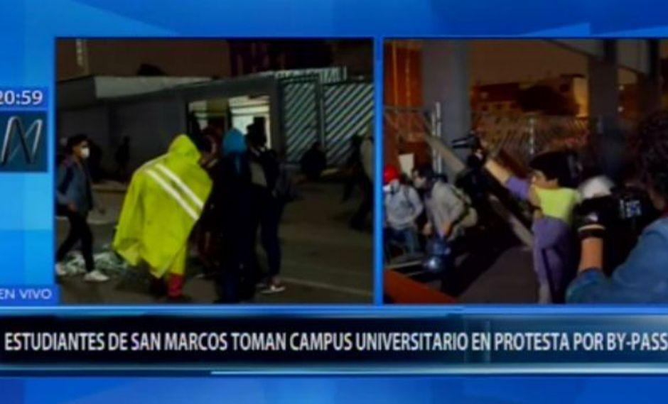 Los estudiantes bloquearon las puertas de ingreso a la Universidad San Marcos. (Canal N)