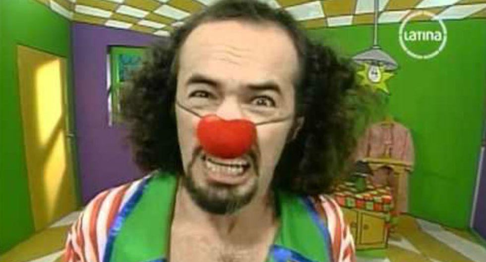 1.Saltó a la fama a través del papel de 'Machín', en la serie 'Patacláun', emitida entre 1997 y 1999 por Frecuencia Latina. (Foto: YouTube / Facebook de Carlos Alcántara)